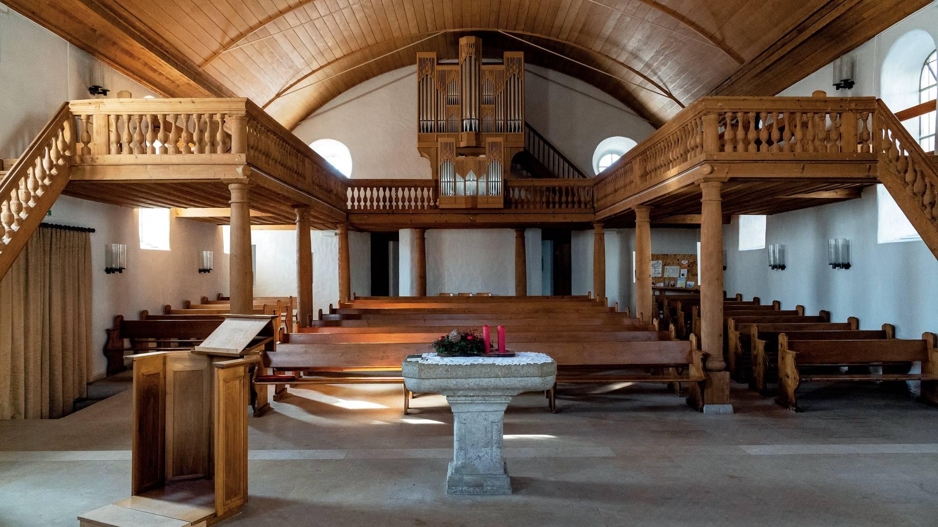 Eglise réformée, Renan © Giona Mottura