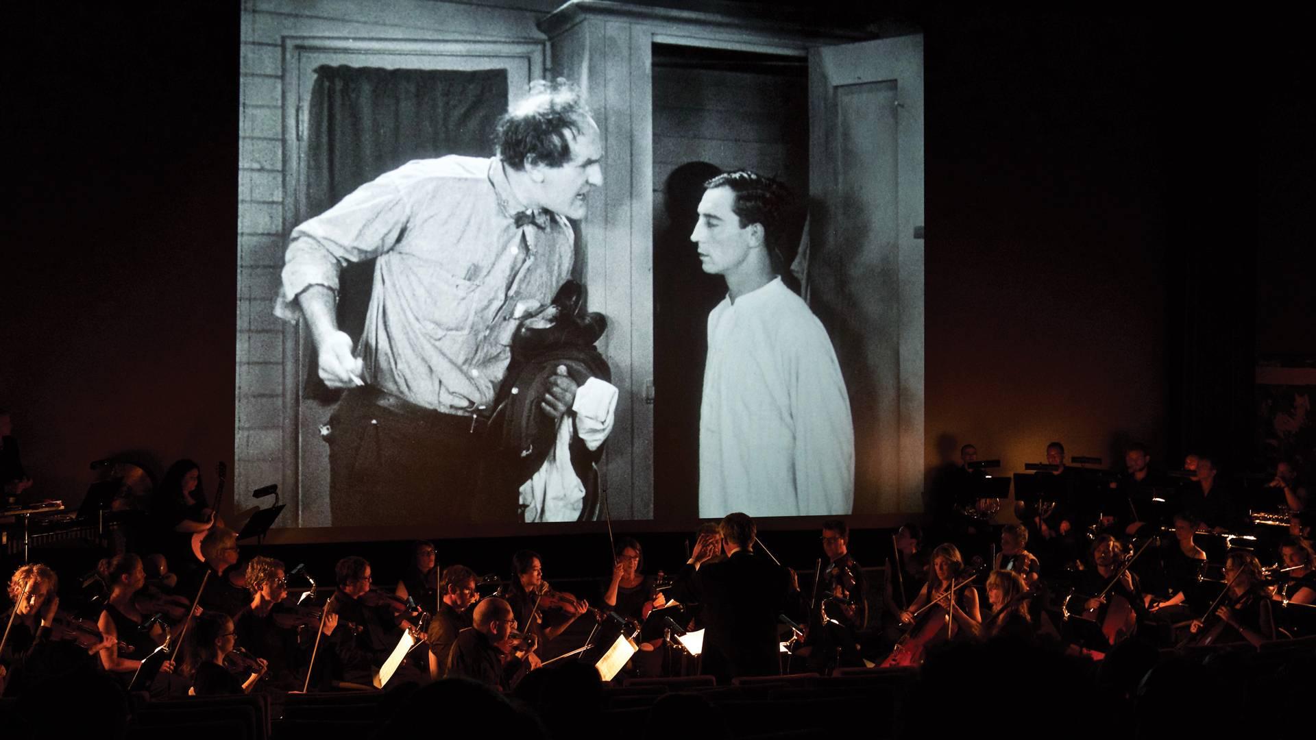 Cinéma Rex, Steamboat Bill Jr. / Ernest Torrence & Buster Keaton © Alex Girod