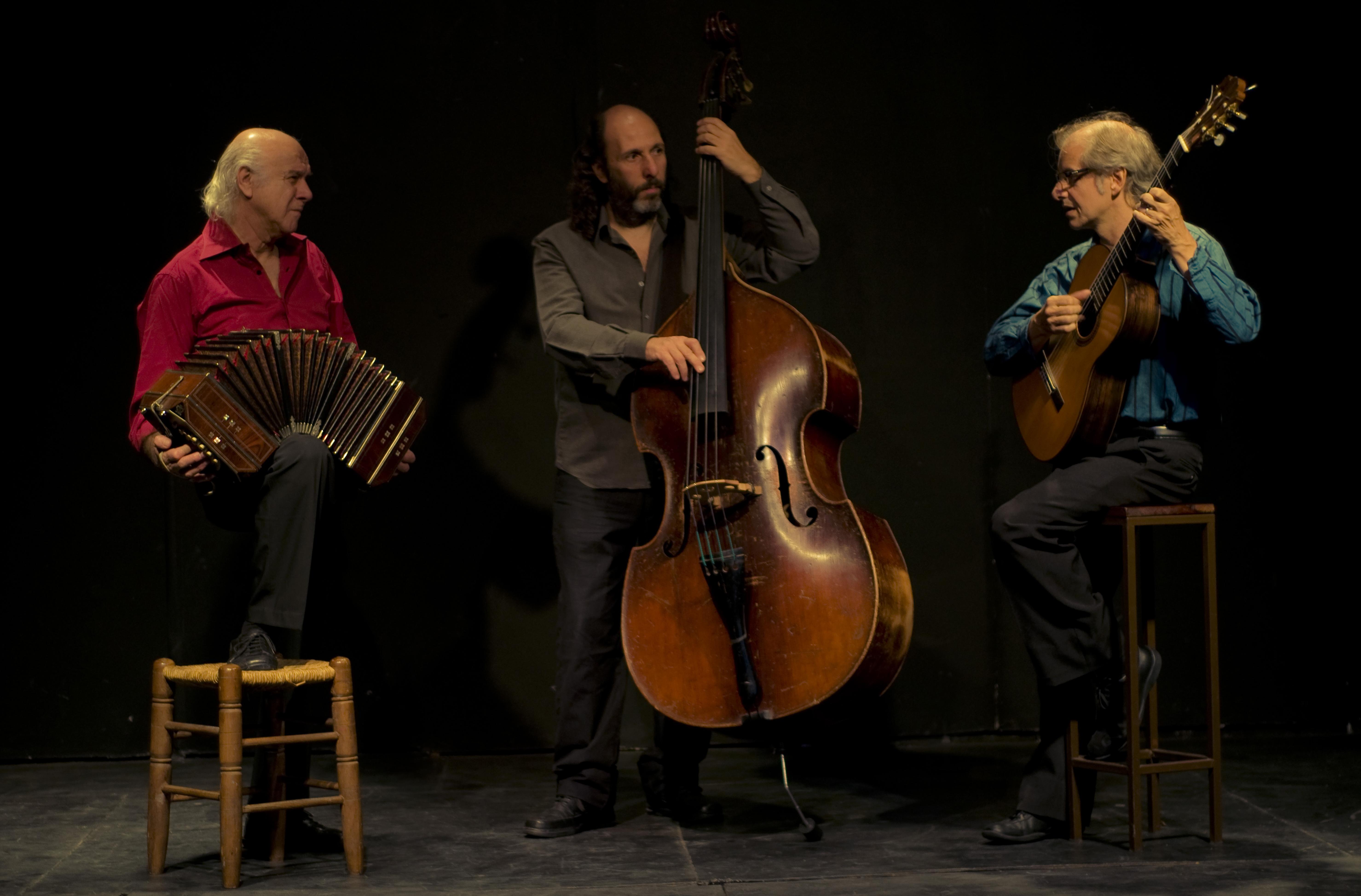 trio esquina (1)